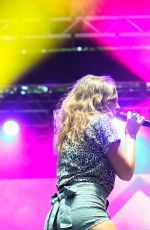 TOVE LO at Sweetlife Festival 2015 in Columbia