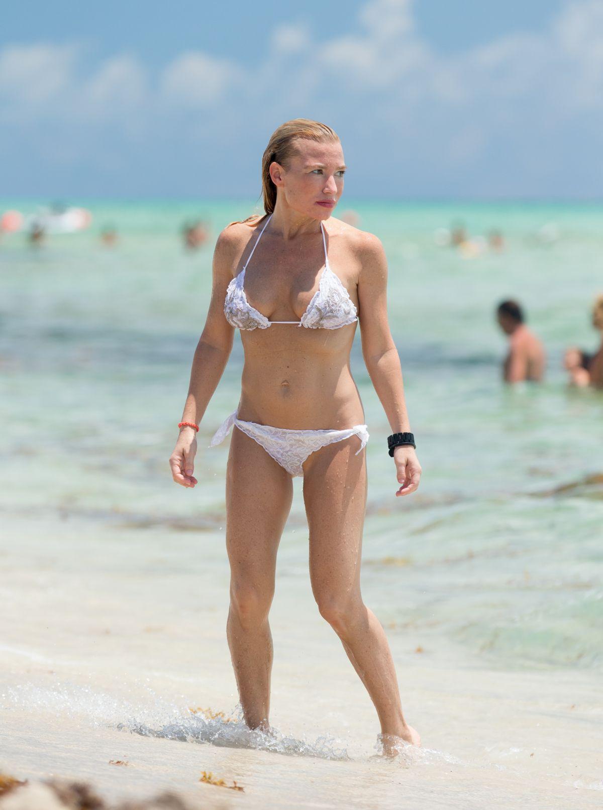 TRACY ANDERSON on Bkini at a Beach in Miami 06/08/2015 ... Emma Watson Boyfriend