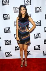 VICTORIA JUSTICE at dosomething.org Spring Dinner in New York