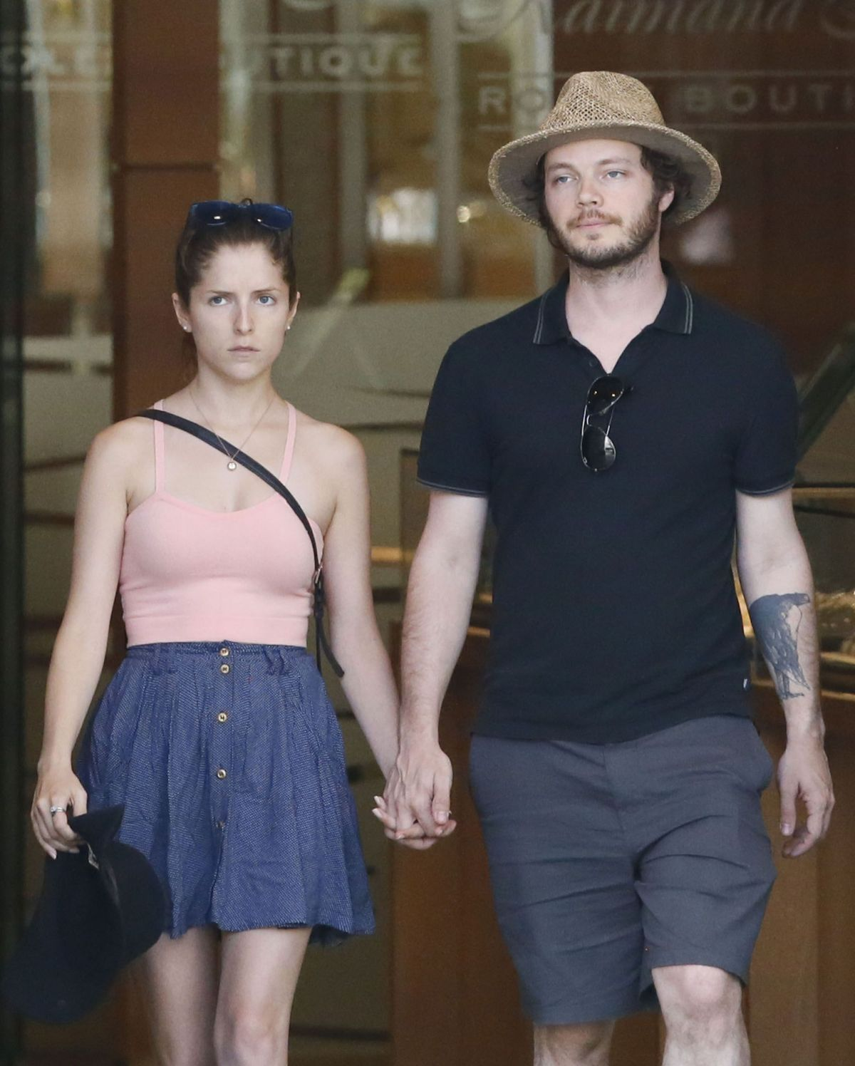 ANNA KENDRICK and Ben Richardson Out Shopping in Hawaii 07/19/2015