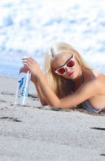 ANNA SOPHIA BERGLUND - 138 Water Photoshoot 07/23/2015