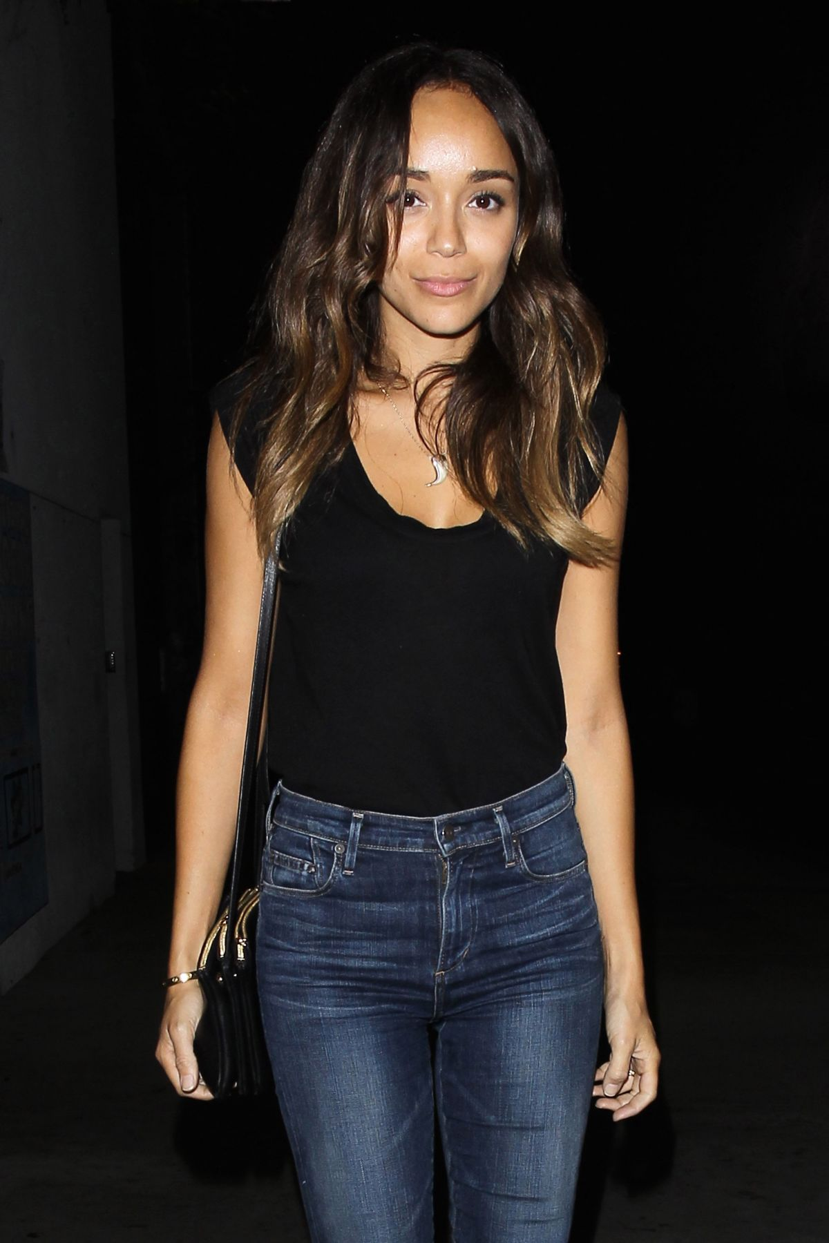 Ashley madekwe night out in hollywood 07 23 2015 hawtcelebs for Jardin madison menu
