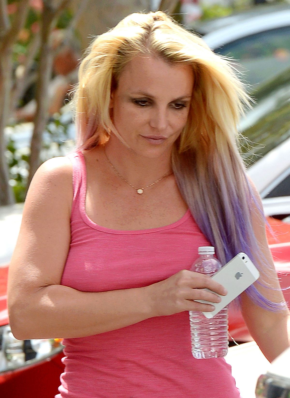 BRITNEY SPEARS Out and About in Calabasas 07/22/2015 ...