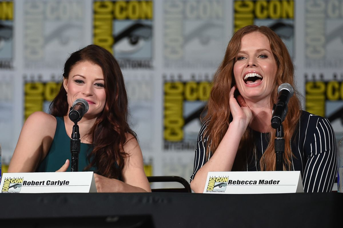 EMILIE DE RAVIN at Once Upon a Time Panel at Comic Con in San Diego