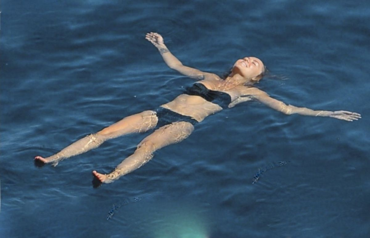 Topless Bikini Enora Malagre naked photo 2017