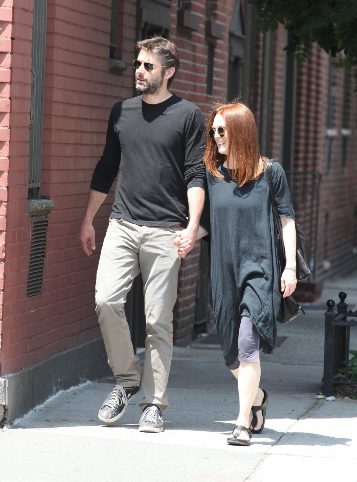 Julianne Moore And Bart Freundlich Out And About In New York 07 03 2015 10 Hawtcelebs