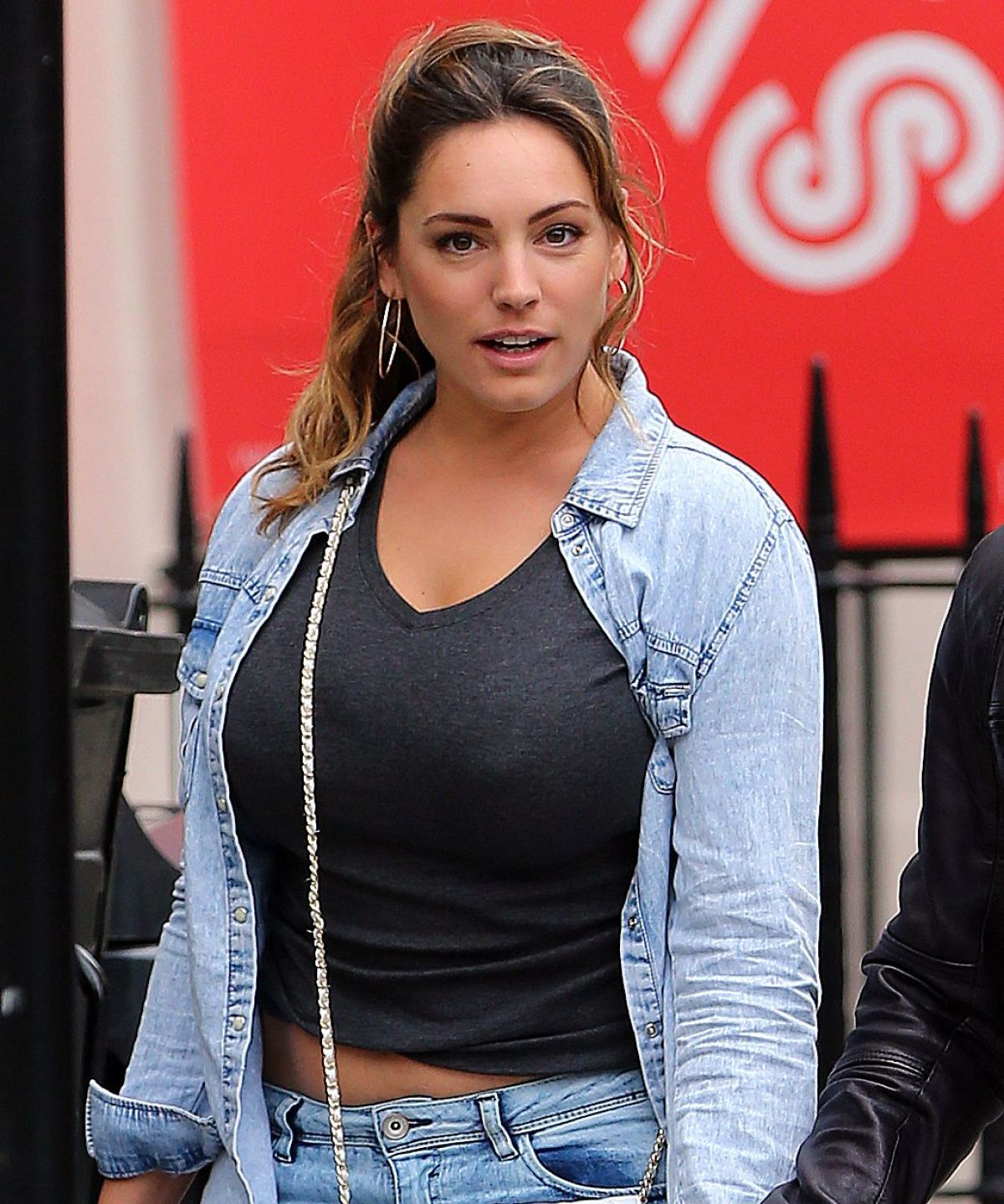 kelly brook nfs