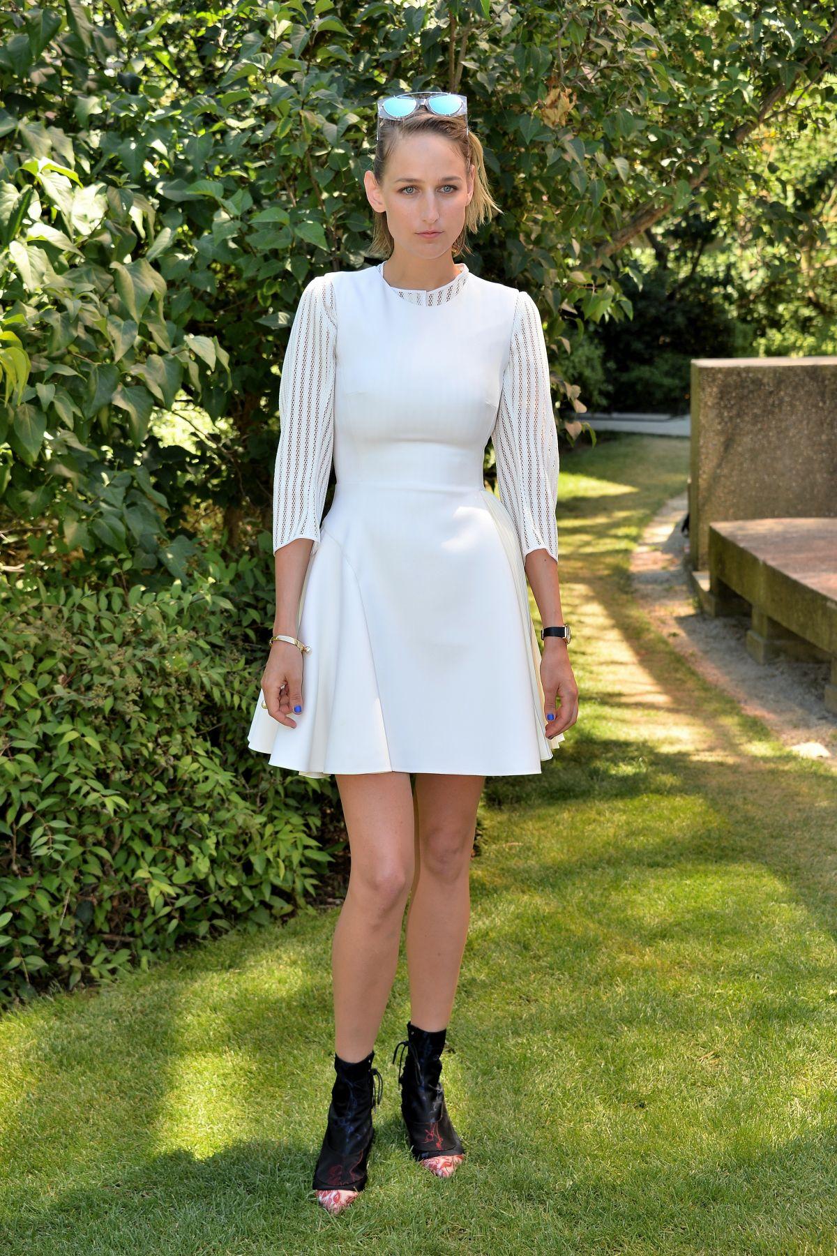 LEELEE SOBIESKIat Dior Fashion Show in Paris
