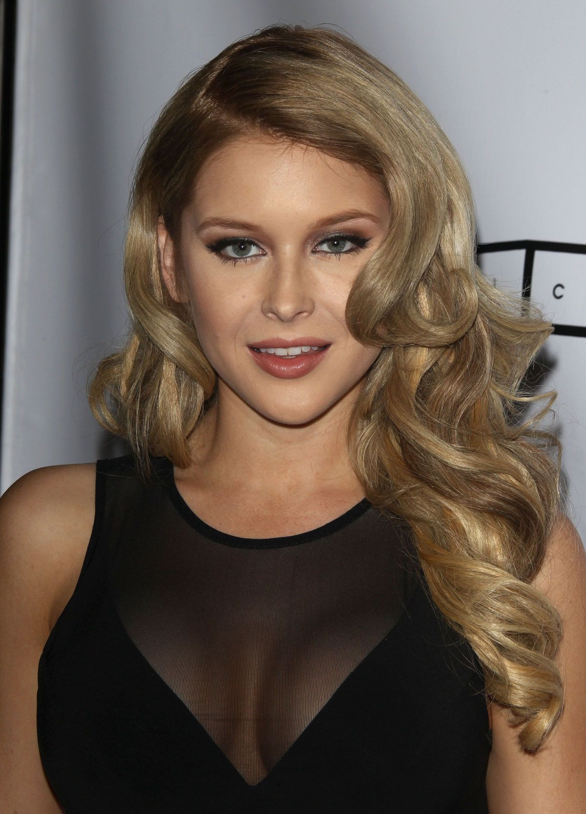 92f0b127d8b3 RENEE OLSTEAD at Michael Costello Capsule Collection .