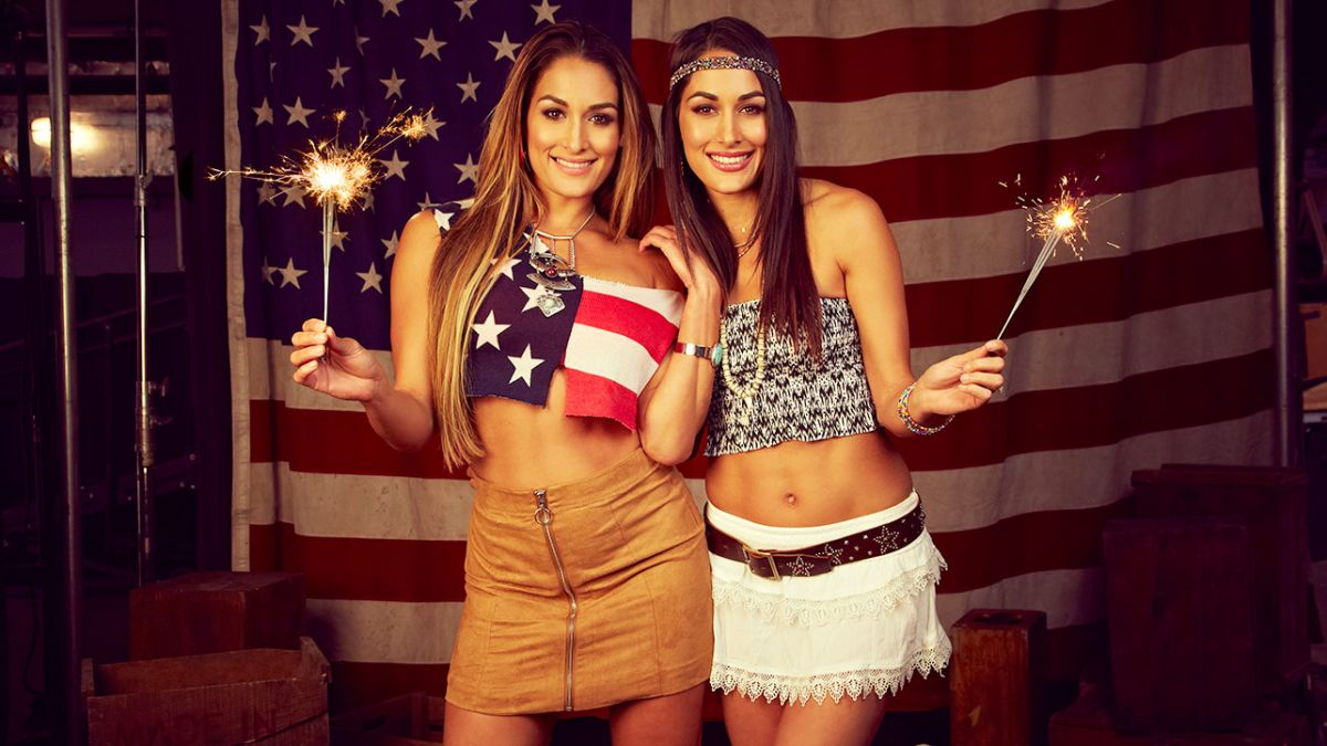 WWE - Sparks Fly On The 4th Of July Shoot
