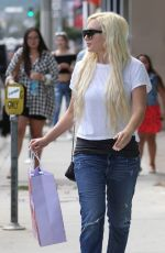 AMANDA BYNES Shopping at Nasty Gal in West Hollywood 08/25/2015