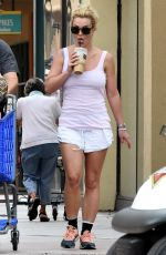 BRITNEY SPEARS Out Shopping in Beverly Hills 08/25/2015