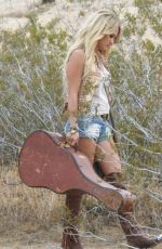 CARRIE UNDERWOOD on the Set of a Music Video in Mojave Desert 08/02/2015