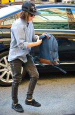 ELLEN APGE Arrives at The Bowery Hotel in New York 08/04/2015