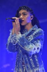 FKA TWIGS Performs at Park Life Festival in Manchester 06/07/2015