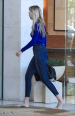 GIGI HADID in Tight Jeans Out in Los Angeles 08/12/2015
