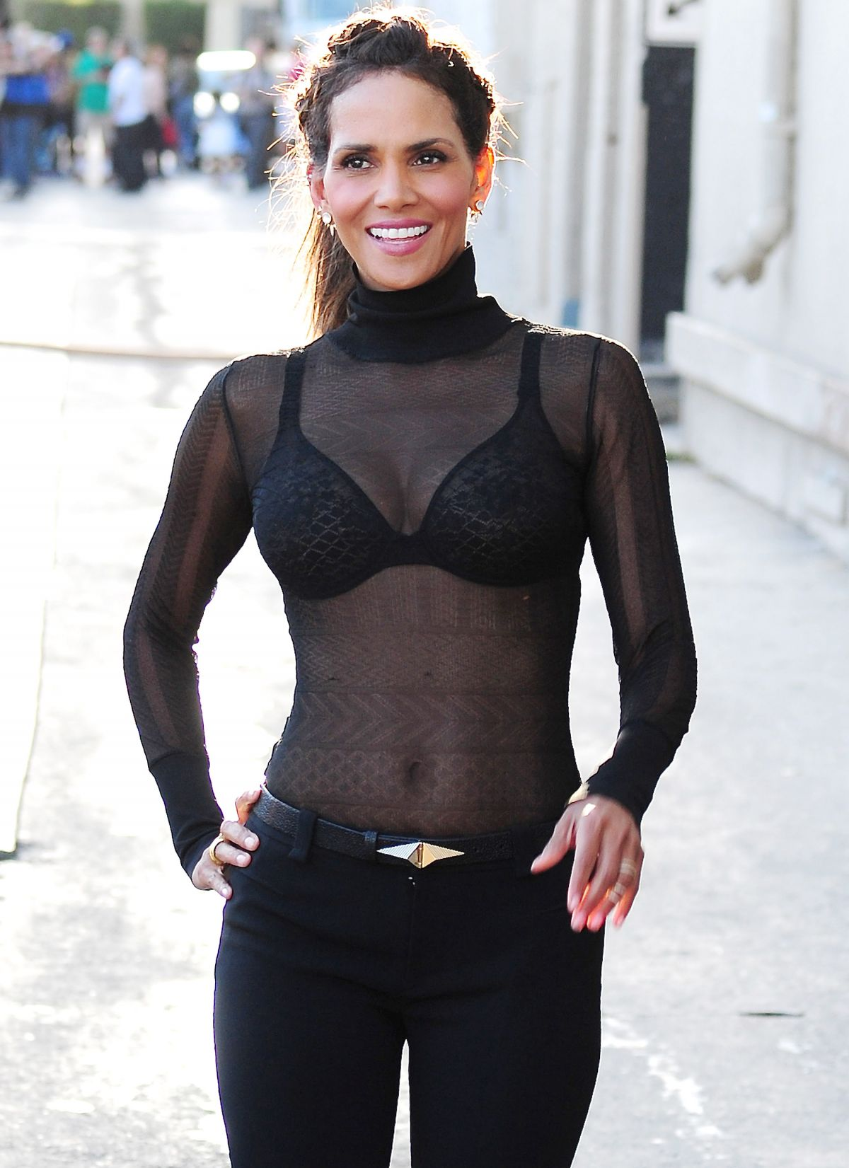 HALLE BERRY Arrives at Jimmy Kimmel Live