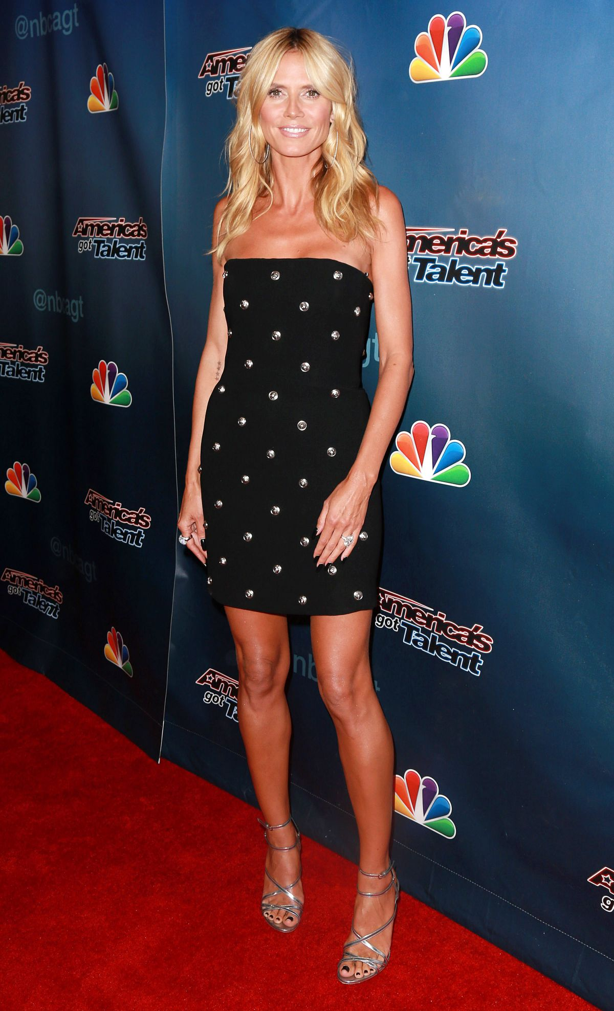 Heidi Klum At Americas Got Talent Post Show Red Carpet Event In Hollywood