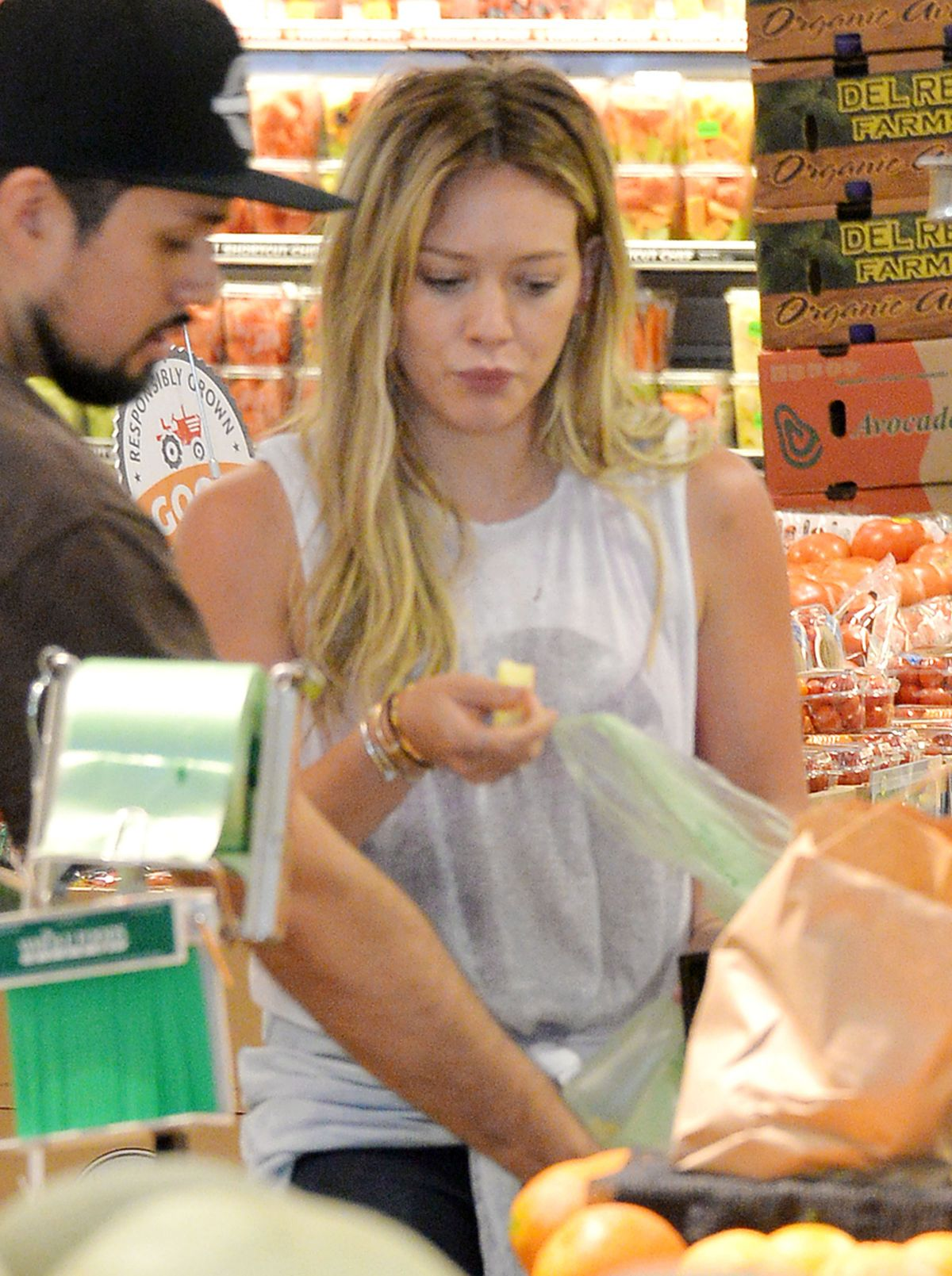 HILARY DUFF Out Shopping in Los Angeles 08/10/2015