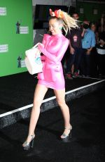 MILEY CYRUS at MTV Video Music Awards 2015, Main Show in Los Angeles