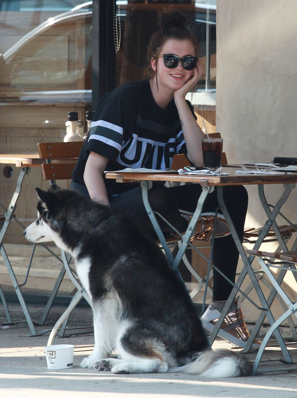IRELAND BALDWIN at Le Pain Quotidien Bakery in Los Angeles 08/22/2015