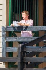 JENNIFER GARNER on the Set of Miracles from Heaven 08/11/2015