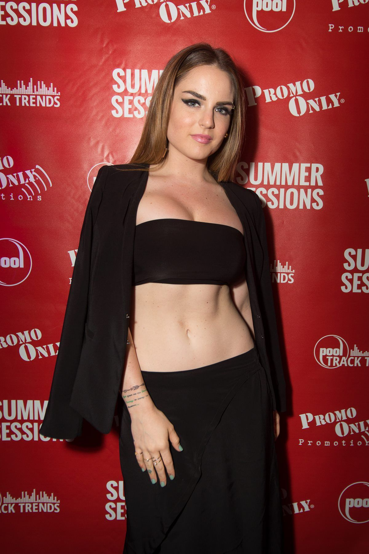 JoJo Levesque naked (81 pictures) Leaked, Twitter, in bikini
