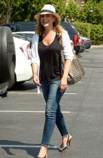JULIE BENZ Shopping at Bristol Farms in Beverly Hills 08/20/2015