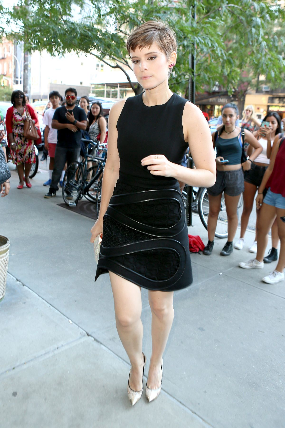 KATE MARA Arrives at The Tonight Show with Jimmy Falon in New York 08/04/2015