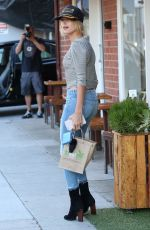 KENDALL JENNER and HAILEY BALDWIN Out for Lunch in Beverly Hills 08/11/2015