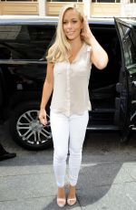 KENDRA WILKINSON Promotes Her TV Series Kendra on Top in New York 08/07/2015
