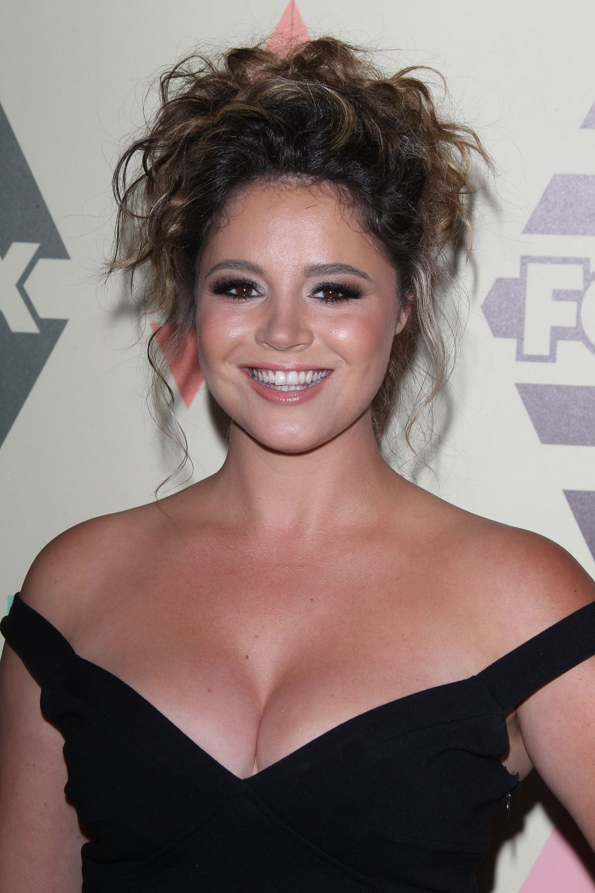 kether donohue singingkether donohue you're the worst, kether donohue singing, kether donohue instagram, kether donohue, kether donohue pitch perfect, kether donohue tumblr, kether donohue weight height, kether donohue this woman work, kether donohue the bay, kether donohue grease, kether donohue pitch perfect 2, kether donohue boyfriend, kether donohue measurements, kether donohue gif, kether donohue bikini