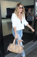 LEANN RIMES Arrives at LAX Airport in Los Angeles 08/03/2015