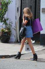 MILLIE MACKINTOSH Buys a Flowers Out in London 08/05/2015