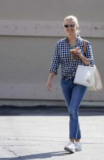 REESE WITHERSPOON in Jeans Out Shopping in Santa Monica 08/01/2015