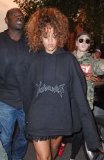 RIHANNA Out for Lunch in New York 08/11/2015