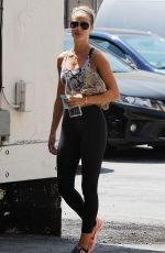ROSIE HUNTINGTON-WHITELEY in Tights Leaves a Gym in Los Angeles 08/26/2015