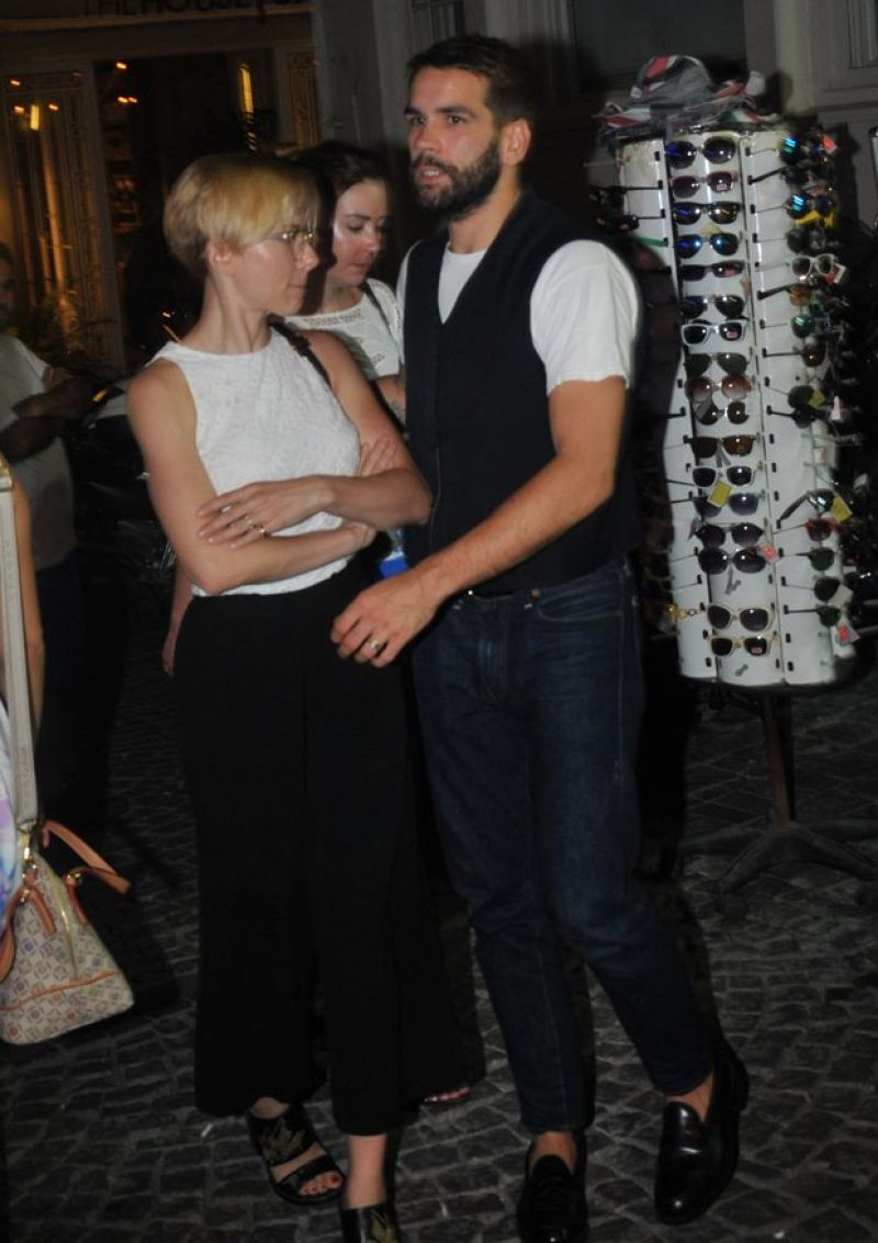SCARLETT JOHANSSON Out and About in Istanbul 08/17/2015