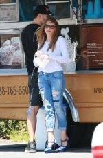 SOFIA VERGARA Out for Lunch in Los Feliz 07/28/2015