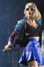 TAYLOR SWIFT Performs at 1989 World Tour Concert in Vancouver
