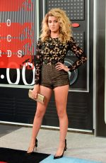 TORI KELLY at MTV Video Music Awards 2015 in Los Angeles