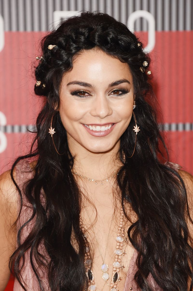 VANESSA HUDGENS at MTV Video Music Awards 2015 in Los ... Vanessa Hudgens