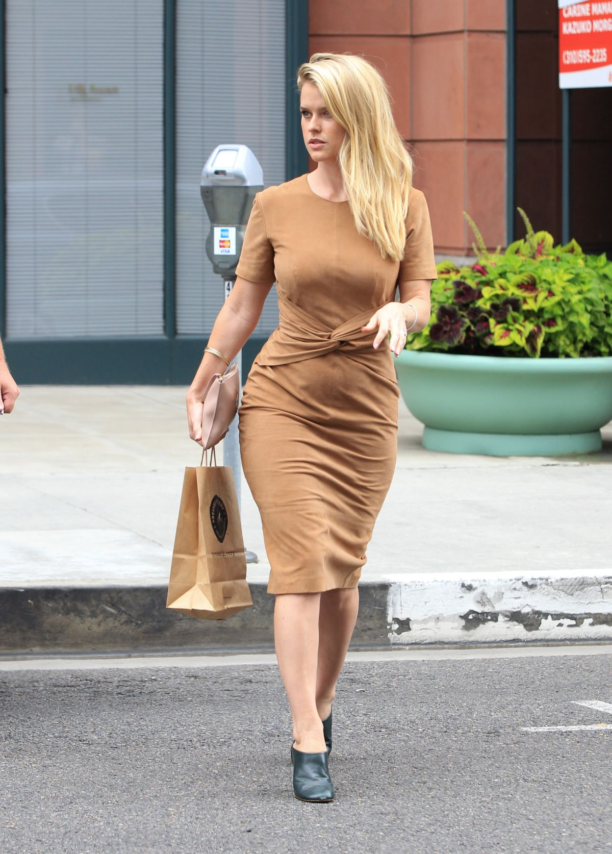 alice eve out and about beverly hills 09 15 2015 hawtcelebs