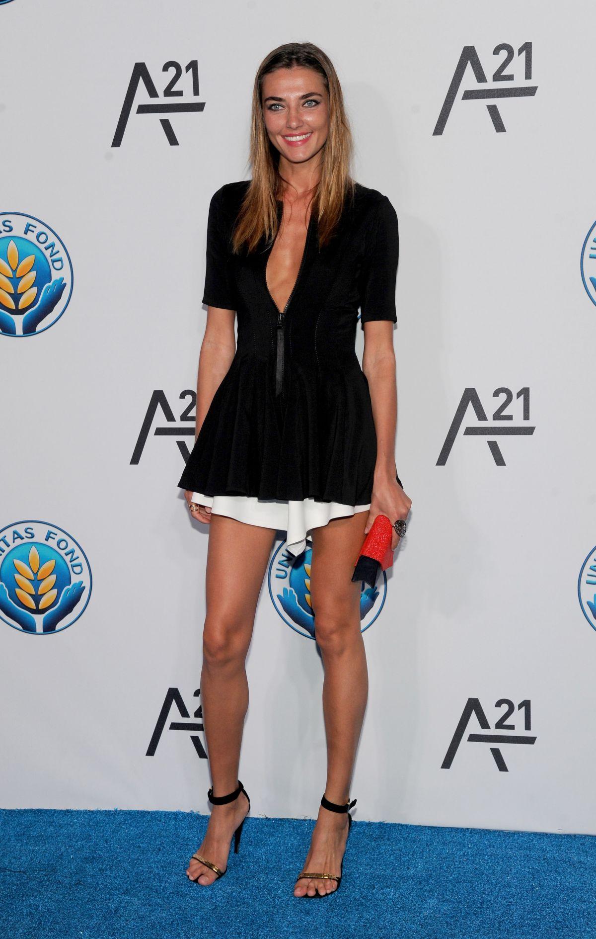 Feet Alina Baikova nude (11 pics), Hot