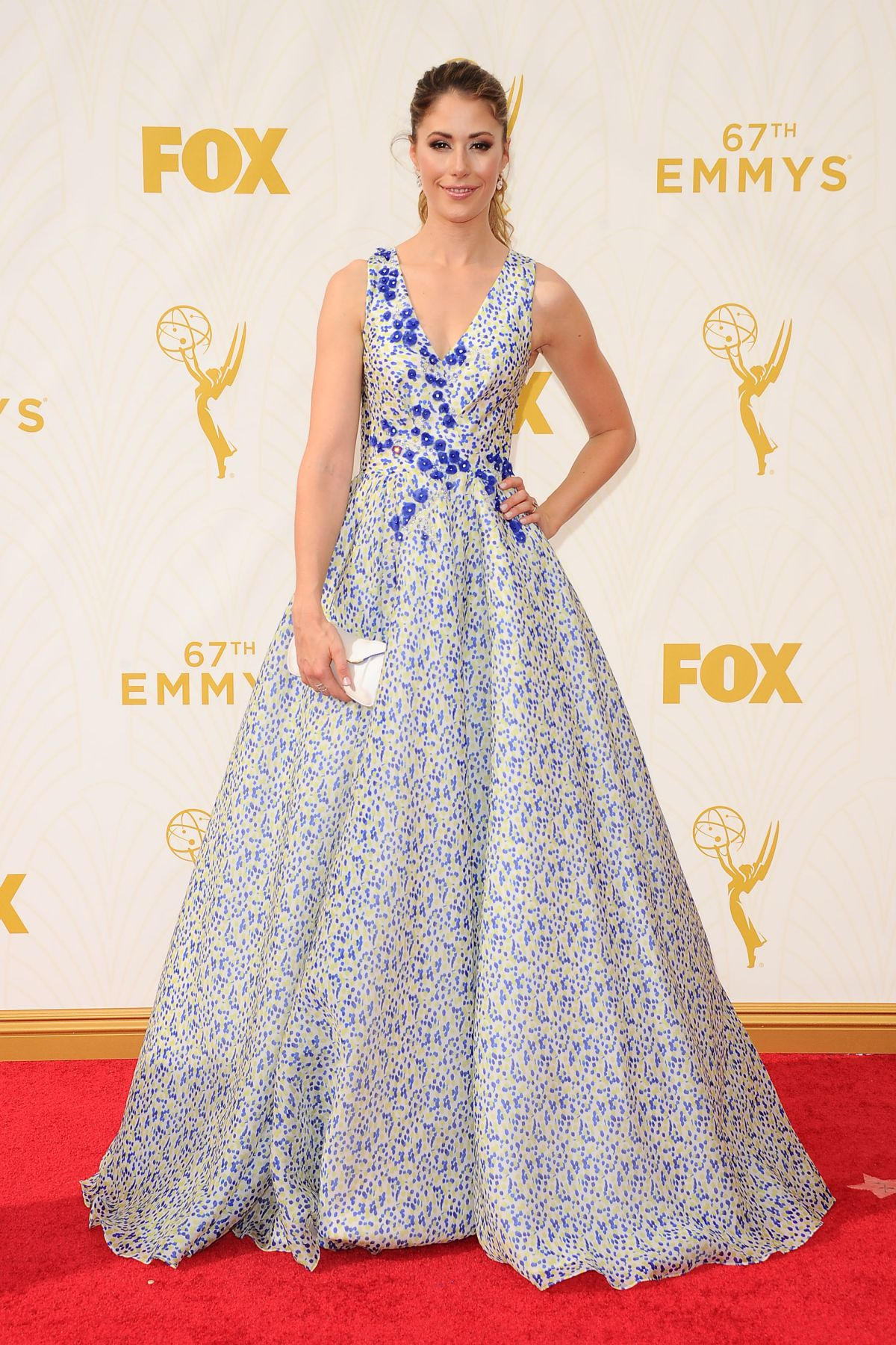 AMANDA CREW at 2015 Emmy Awards in Los Angeles 09/20/2015