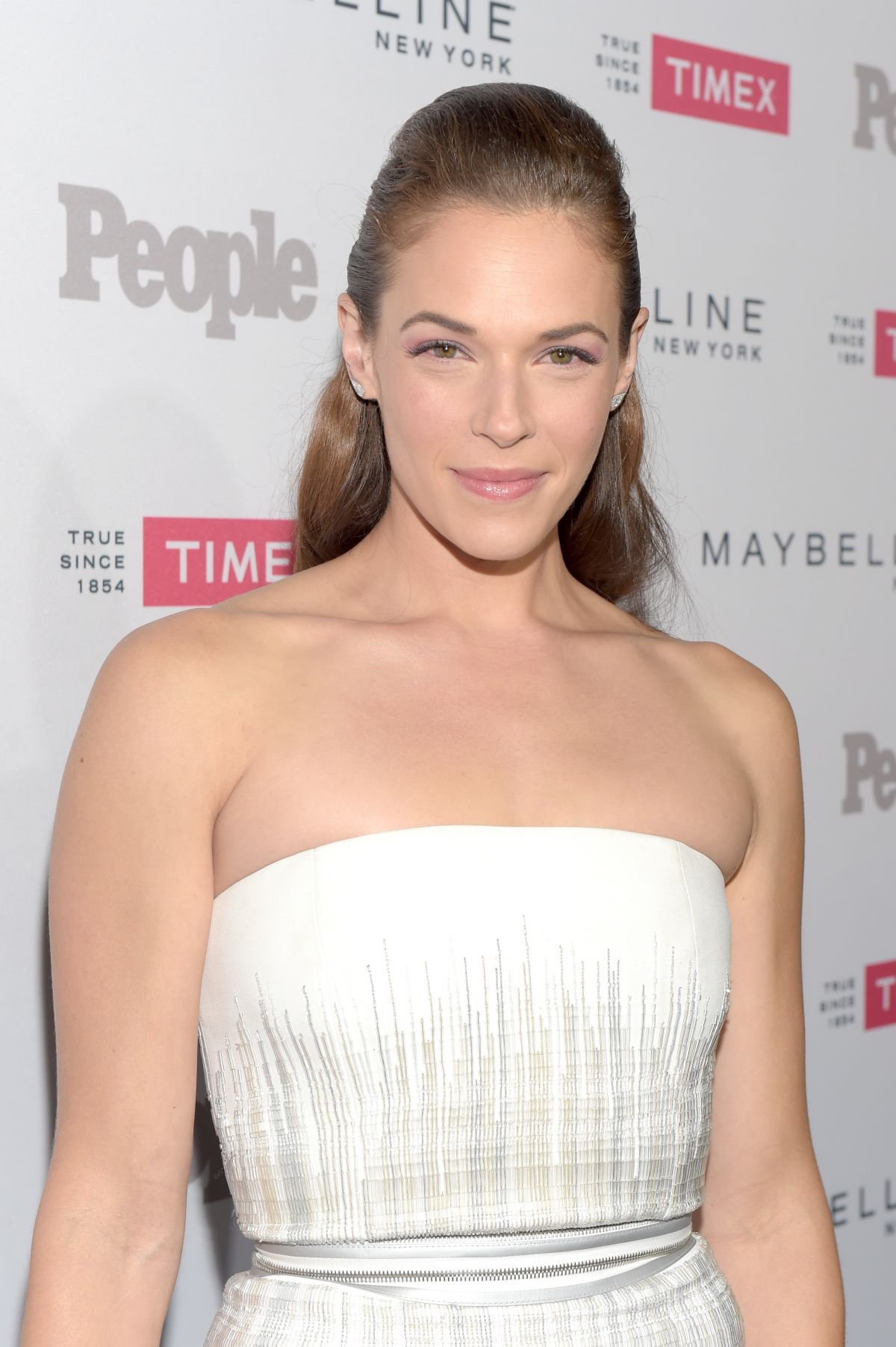 AMANDA RIGHETTI at People