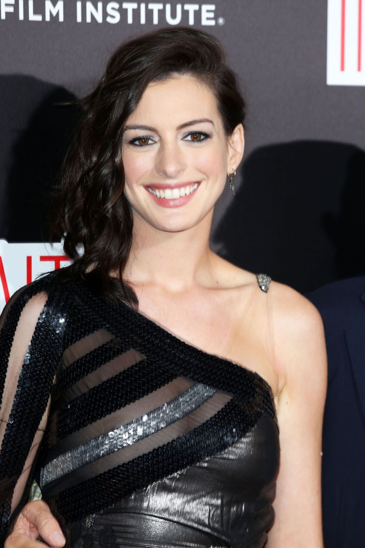 Anne Hathaway Archives... Anne Hathaway