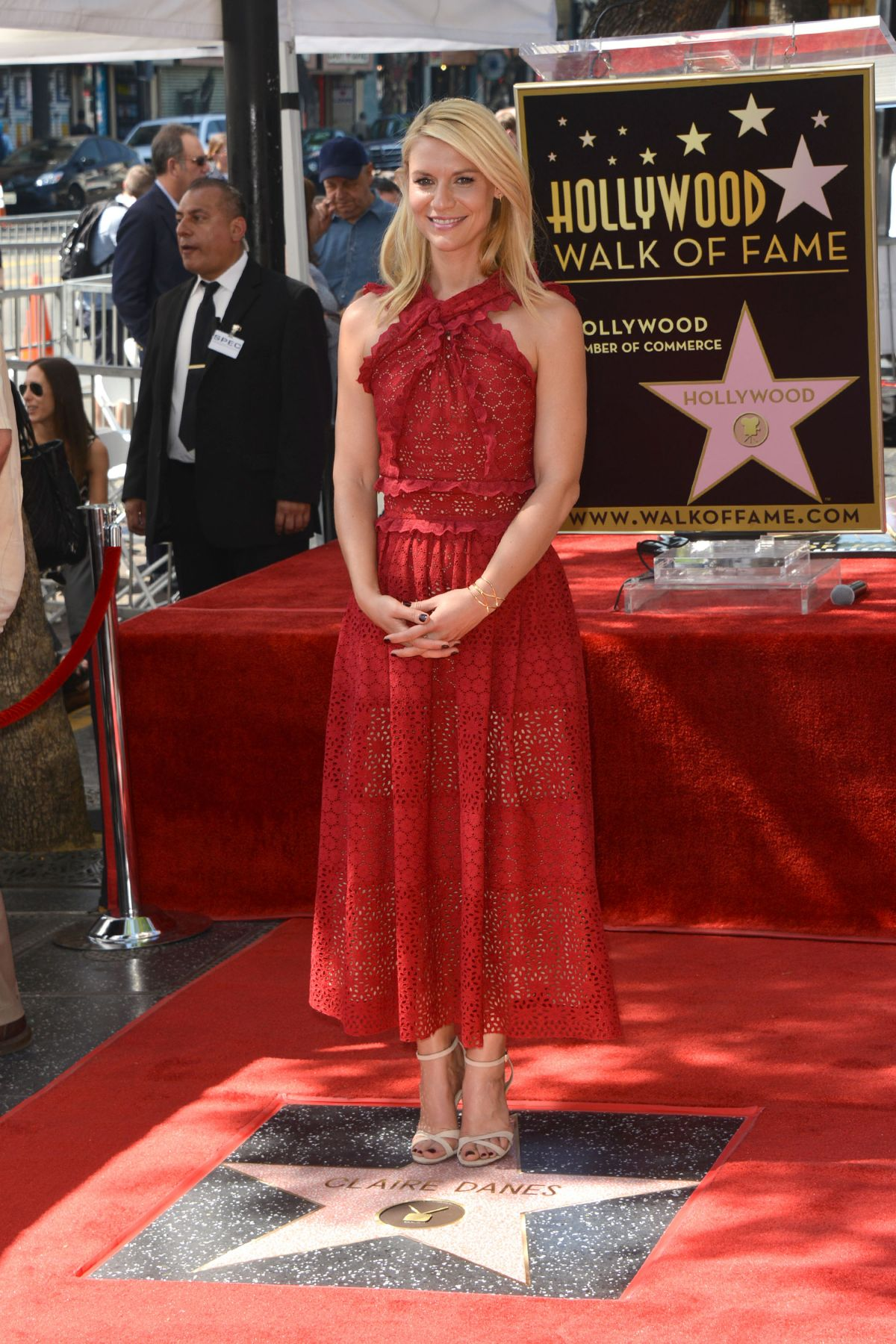 claire danes honored with a star on the hollywood walk of fame in los angeles 09 24 2015. Black Bedroom Furniture Sets. Home Design Ideas