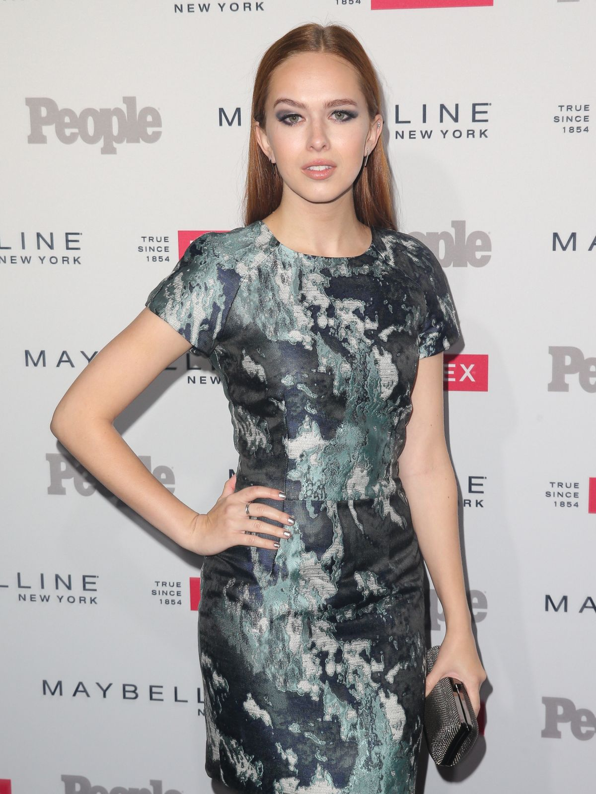 ELIZABETH MCLAUGHLIN at People's To Watch in West Hollywood 09/16/2015