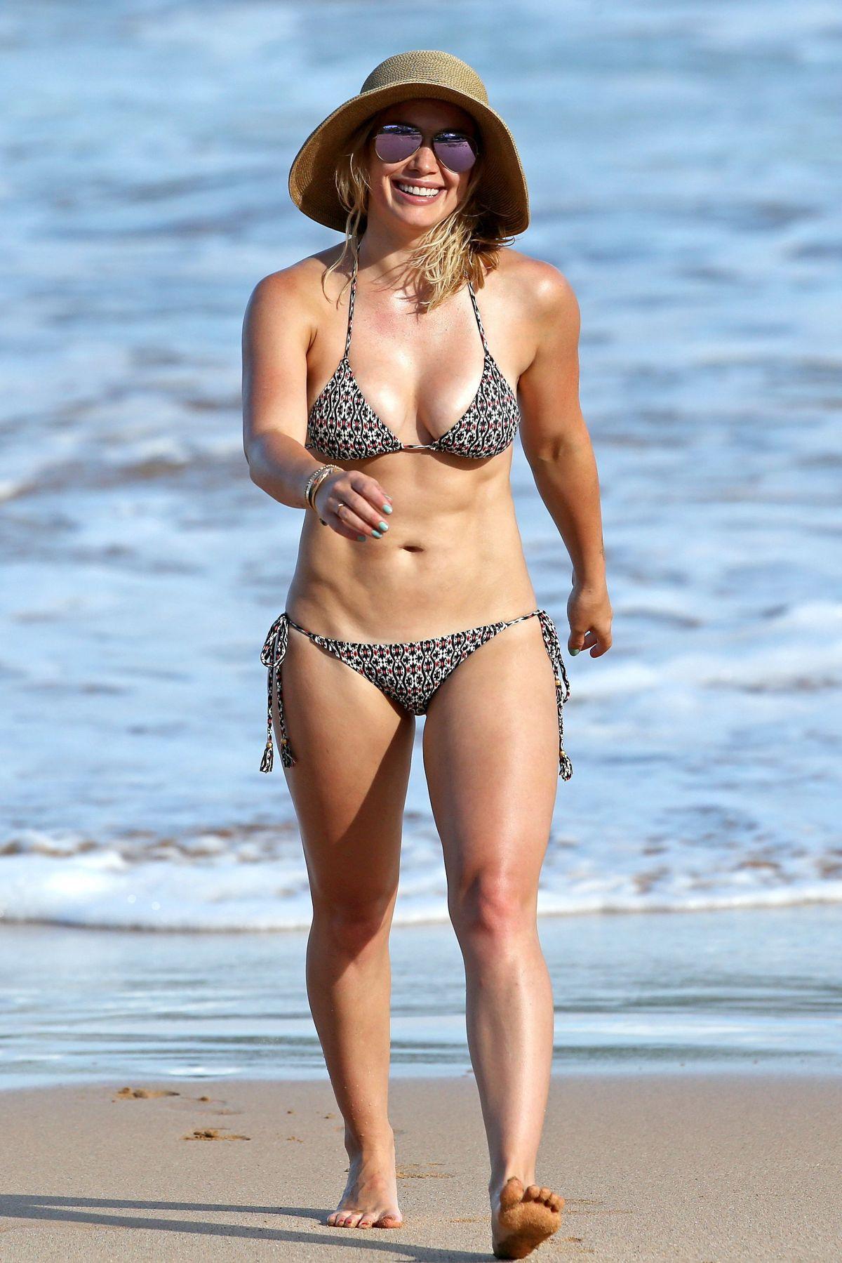 Hillary Duff In Bikini 45